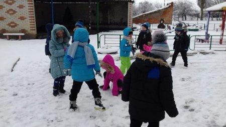 Гра у сніжки